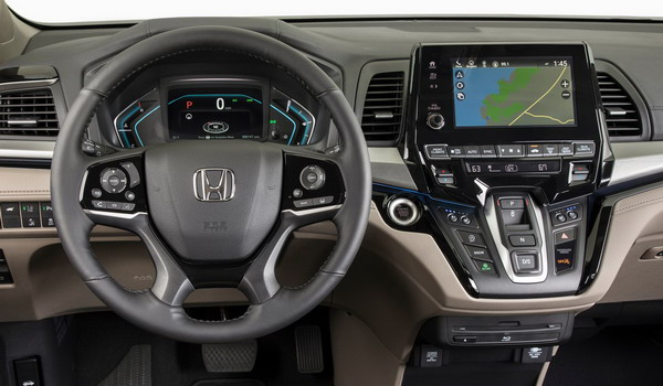 سيارة هوندا أوديسي 2018 العائلية